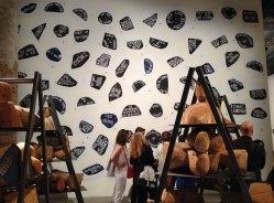 Barthélémy Toguo, Urban Requiem, 2015. Installation.